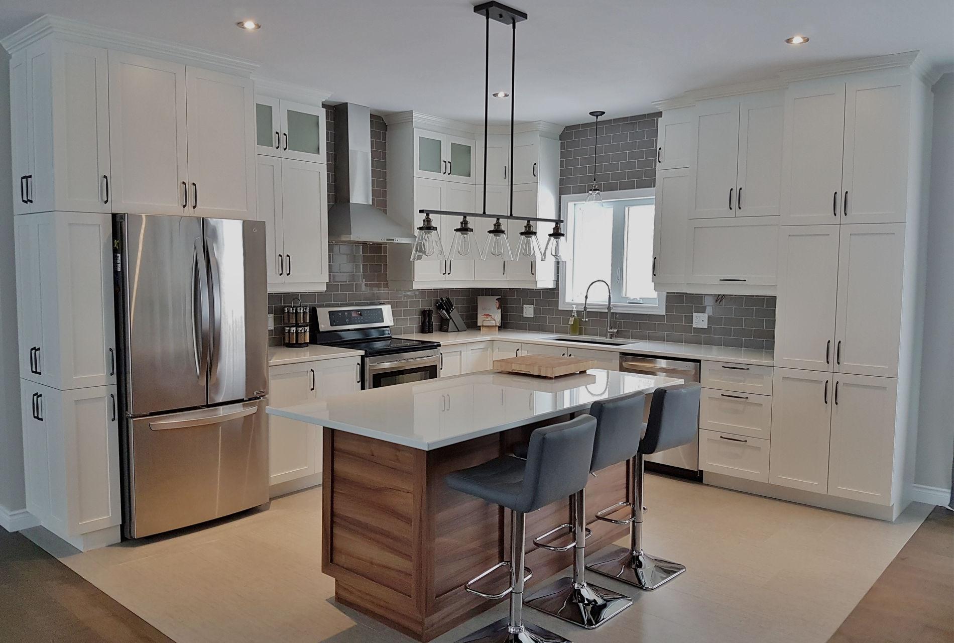 Cuisine Boudreau, armoire de cuisine et vanité de salle de bain