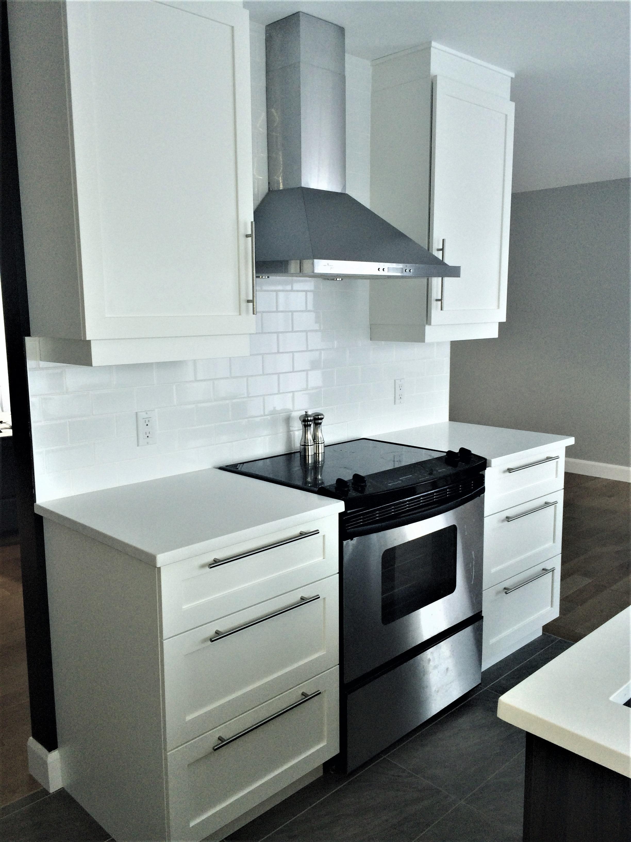 Armoires de cuisine sur mesure farnham - Armoire de cuisine polyester ...