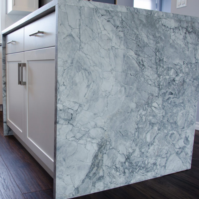 Comptoir-Granite-Super-White-Cuisine-Boudreau-MOyenne