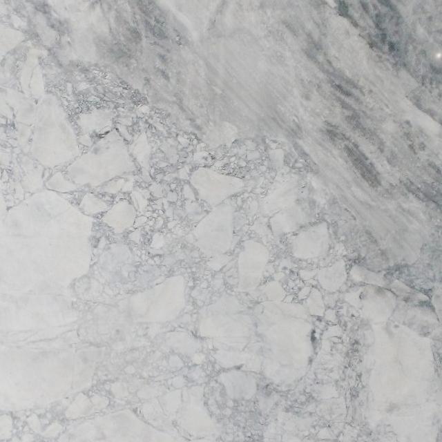 Comptoir-Granite-Super-White-Cuisine-Boudreau-miniature